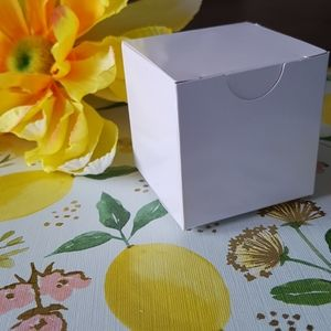 """10 White Gift Boxes 2""""x2""""x2"""" in"""